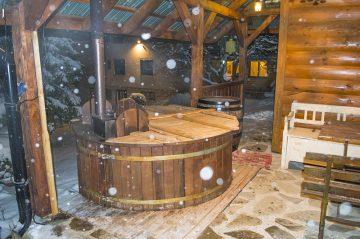 Sauna, altánok nočná atmoška
